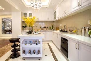 Open Concept Island Classic Kitchen Cabinet Design