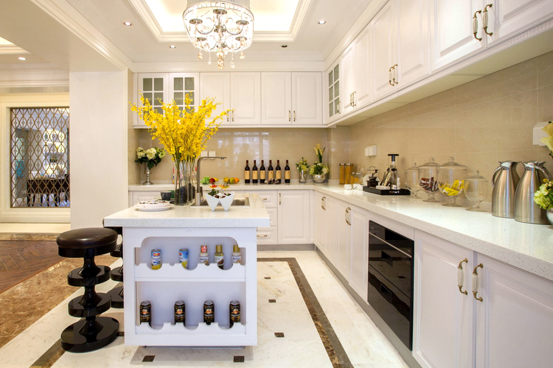 Open Concept Island Classic Kitchen Cabinet Design
