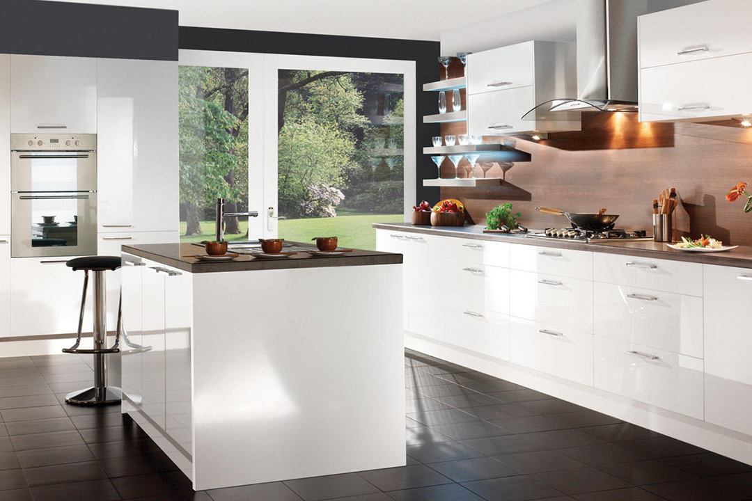 Modern White Island Kitchen Design
