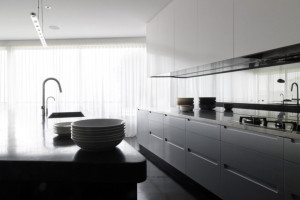 White Modern Kitchen Cabinet Design