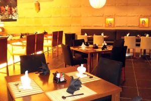 Japanese Restaurant Interior Design & Furniture Suppply