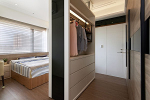 Custom Made Walk-in Concept Wardrobe 03