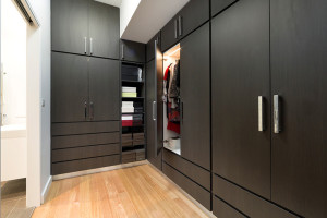 Custom Made Walk-in Concept Wardrobe 06
