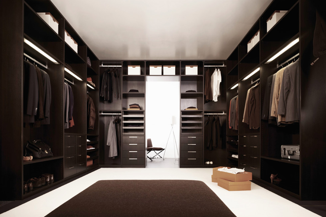Custom Made Walk-in Concept Wardrobe 09